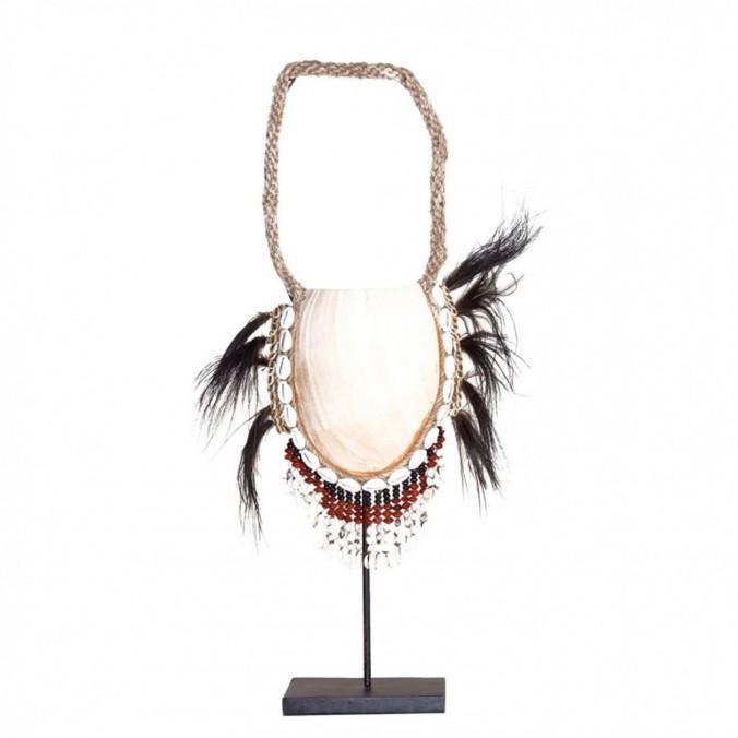 Figura collar étnico 60 cm de concha y fibras