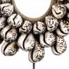 Figura collar estilo étnico 42cm caracolas y fibra