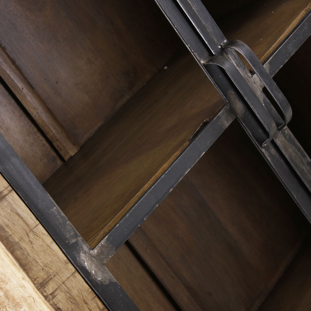 Vitrina estilo industrial 90x210cm madera de mango erizho for Vitrina estilo industrial